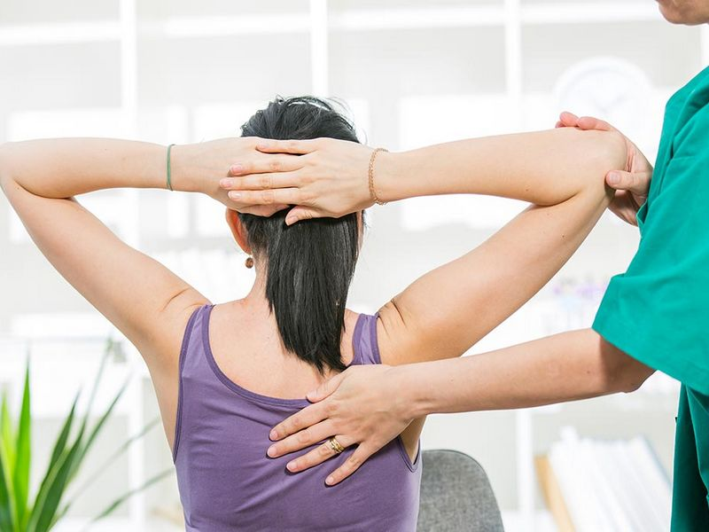 talleres para corregir postura en casa con fisio